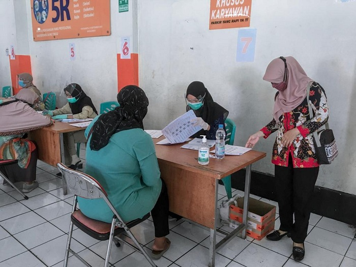 Monitoring Penyaluran Bantuan Sosial Tunai (BST) di Kantor Pos Besar Yogyakarta